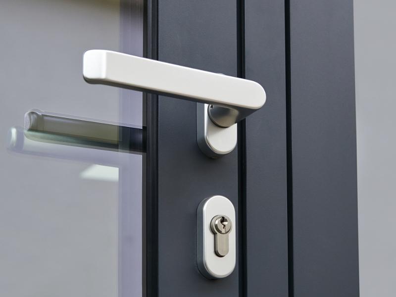 UPVC & Composite Doors - img 3
